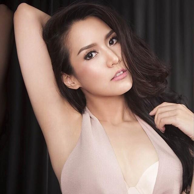jakjaan-akhamsiri-suwanasuk-sexy-fashion-in-mars-magazine-003